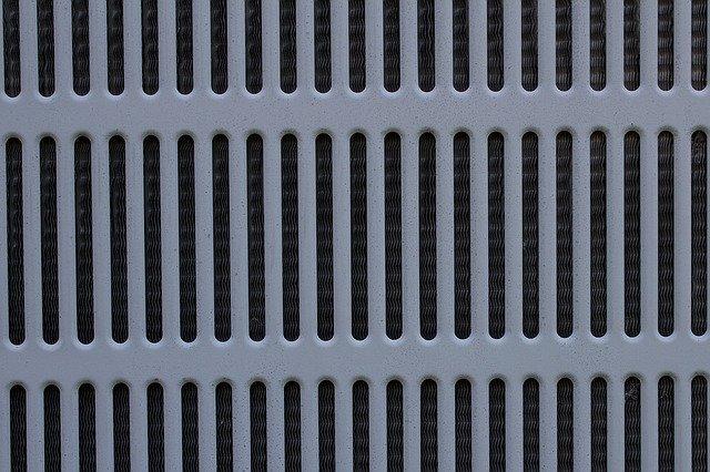 mřížka na klimatizaci.jpg